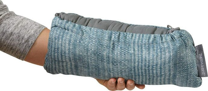 Therm-a-rest-Compressible-Pillow-03